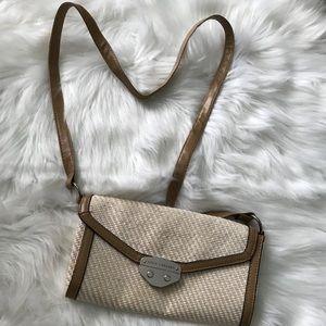 Handbags - 🌸 Sofía Vergara crossbody bag!